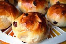 Brote und Teige / Alles fängt mit Mehl an...