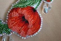 Beaded flowers / Beaded flowers - inspirations and tutorials
