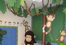 Themes - Assorted / Fun and interesting themes for the classroom - From superheroes to the farm