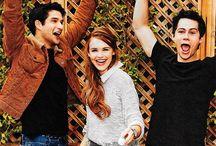 Teen Wolf <3 / Série da MTV, dirigido por Jeff Davis e estrelado por Tyler Posey, Dylan O'Brien, Holland Rodden, entre outros.