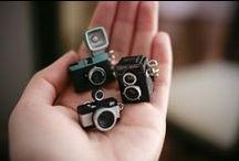 Miniature / Piccoli oggetti di un mini-mondo fantastico, pieno di piccoli particolari, vere e proprie opere d'arte realizzate con la pazienza e l'estro degli artisti delle miniature.