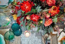 burlap+barnwood / Burlap wreaths and handmade barnwood home decor.
