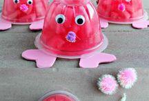 Valentine's Day. / Food allergy friendly Valentine's Day ideas.