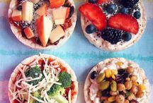 Satisfying snacks / Creative and yummy munchies