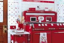 Vintage Kitchens / We love the old-fashioned charm of these kitchens!