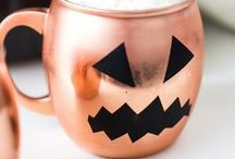 Halloween Tricks & Treats / Spooky, fun and frightfully delicious!