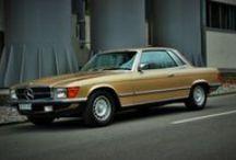 Mercedes-Benz 380 SLC 1981 (C107 / R107) / Mercedes-Benz 380 SLC Baujahr 1981 Lackierung Champagner metallic (473), Polsterung Leder Nappa Safran (234)