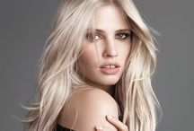 Models - Lara Stone