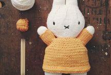 Mini knits / Stuff to make for kids, loads of free patterns + tutorials