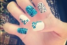pretty nails :) / by Gracie Silveria