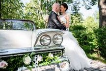 Wedding Couples // Dreamday with Dreamcar / We love these photos of Wedding Couples (with their Getaway Car...)