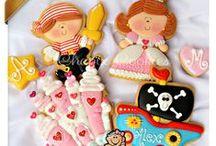 Chapix Cookies / Decorated cookies by Myriam Sánchez ChapixCookies