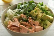 Foodie - Salad and Sandwiches / by Stephanie Rehmer