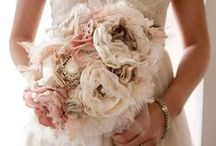 Wedding / Wedding, Wedding Dresses, Wedding Tuxedo's, Bouquets, Bridal Gowns, Colourful, Purple, Grey, Pink, Brown, Beige, Ivory, Darkblue
