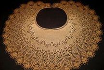 Crescent-shaped shawls 2