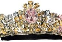 Iran - Tiara Mania / Tiaras previously belonging to the Iranian Royal Family or otherwise most associated with Iran