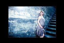Gravid fotografering / Kidzfoto.dk er en af Danmarks mest kreative fotografer til mavebilleder og gravid fotografering.