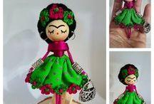 Brooch doll/ Broches de muñeca / Handmade art doll wood, wire, cotton.... https://www.facebook.com/B.delafelicidad