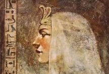 #46 Cleopatra / The History Chicks Podcast, Episode 46