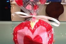"""Valentines Day DIY for Pets / Show your furry Valentine how much you love them by making them a special """"doggy bag""""."""