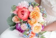 Floral Arrangements / Inspiration board for your wedding flowers - find the perfect bouquet and pick your floral colour scheme!