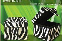 Kotak Perhiasan, Box Perhiasan / Kotak Perhiasan, Box Perhiasan. www.raq-kotakbox.co.id. Telpon. 087874240106 Email: raq_craft@yahoo.com