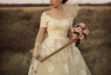 romantic wedding dress / vintage, short