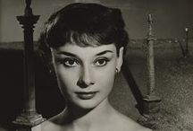 Audrey Hepburn / Audrey Hepburn: Portraits of an Icon on view at the National Portrait Gallery in London, July 2 – October 18, 2015