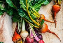 Seasonal Eating / Healthy recipes loaded with fresh veggies, fruit and herbs
