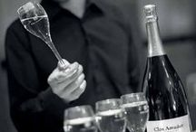 Kom je wijnproeven? / Kom gezellig bij ons wijnproeven, in de winkel of op verschillende evenementen. We zien je graag!