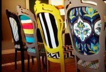 Sillas, butacas, taburetes y muebles tapizados.
