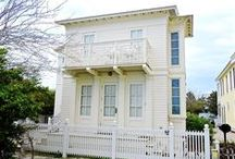 Dreamboat - Seaside, FL / 1 BR 1 BA Dreamboat is the guest house to Sabbatical located directly across from the beach. This airy little one bedroom cottage is perfect for a peaceful getaway for two. Plenty of windows give this cottage an open feeling.