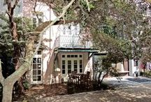 Chatelet - Seaside, FL / 4BR, 3BA Along Ruskin Park you will find this delightful four bedroom cottage with private driveway. Upon entering at the back entrance you walk in to a spacious living area with plenty of seating for everyone.