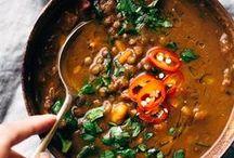 Vegan Soups / Vegan Soup Recipes: always veggie, always dairy free, always without meat. Super easy, super yummy!