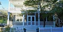 Mama's Happy - Seaside, FL / 3BR, 3BA Pulling up to Mama's Happy, you will be welcomed by tree-lined streets, a white picket fence, and that infamous, quaint Seaside style.