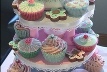 cupcakes / All sorts of decorating ideas and also new flavours to try out.