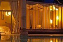 Luxury lodges Marrakech Le palais Rhoul & Spa / Situé dans la palmeraie de Marrakech, le Palais Rhoul est un vrai palais d'hôtes de contes de fées… Le Palais des Mille et une nuits comme nous l'avons tous rêvé !