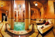 Spa Marrakech,  Le palais Rhoul / Lové au fond du jardin, sous les bougainvilliers, le spa  Marrakech est une invitation au voyage : Huiles aromatiques, massage traditionnels, soins du corps, salle de repos…
