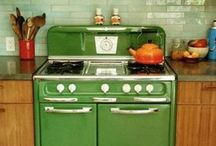 Dining & Kitchens / by Gretchen Ollar
