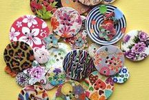 Badges, Brooches, Buttons & Beads