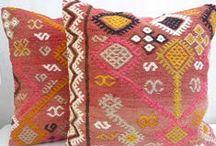 Textiles/Wallpaper / by Caroline Laye