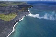 Bluehawaiian Helicopters / ハワイ島、カウアイ島、マウイ島、オアフ島の各地でヘリコプター遊覧を展開。 絶景が広がる体験をお楽しみください。