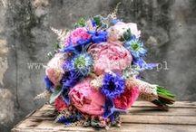 Bukiety ślubne / Wiązanki ślubne dla panien młodych ceniących klasę i ciekawe zestawienia kolorystyczne