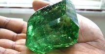 The Poet's Stone: Emerald Stone Meaning and Uses / Learn more about Emerald Stone Benefits, Emerald Gem Meaning, Emerald Stone Uses, Emerald Metaphysical Properties and more at: eluneblue.com