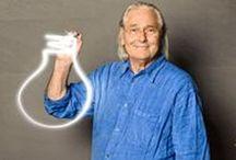 Lighting Design: Ingo Maurer, o mago das luzes / É impossível permanecer neutro ao olhar para as peças criadas pelo alemão Ingo Maurer, que trabalha com lighting design. Desde a década de 60, ele projeta lâmpadas de forma inusitada e faz peças e instalações que estão espalhadas por várias partes do mundo. O sucesso de suas criações de lighting design, muito premiadas, resulta em grande parte desse olhar diferenciado para fabricar objetos que fogem do comum, combinando arte e iluminação