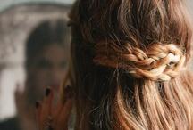 Hair & Makeup / by Mariana H