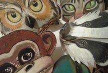 Μάσκες από χαρτόκουτα   -  Cardboard masks / Μάσκες με μορφές ζώων και ο τελικός προορισμός τους σαν προσωπεία σε μαθητική θεατρική παράσταση.   Cardboard animal masks and their final use by students in a theatrical play.