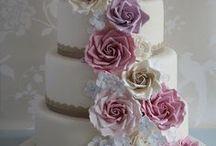 Catherine New Wedding Cake / Wedding cake inspirations. Cascading flowers and modern elegance.