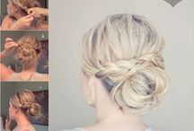 Hairstyles / Blonde and messy is the theme.