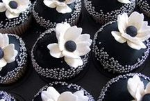 Cupcakes / by Maria Fernandes